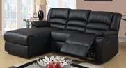Uheri Reclining Sectional