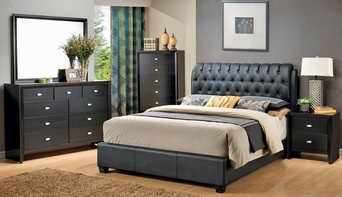 Riley Wood Queen Bed Set