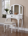 Sabella Vanity With Stool
