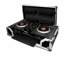 (RRNS7KW) Case for Numark NS7 Controller - with Pull Out Keyboard Tray and Low Profile Wheels