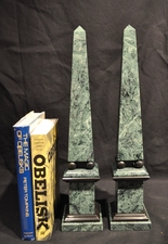 Green marble obelisks with Black Balls & Accents