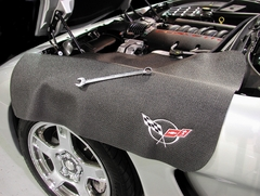 Corvette C5 Fender Protector (Black with Silver C5 Emblem)
