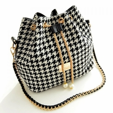 Handbags Wholesale Cheap Online - Stylish Womens Shoulder Bag With Hounds tooth and Chains Design 31.88