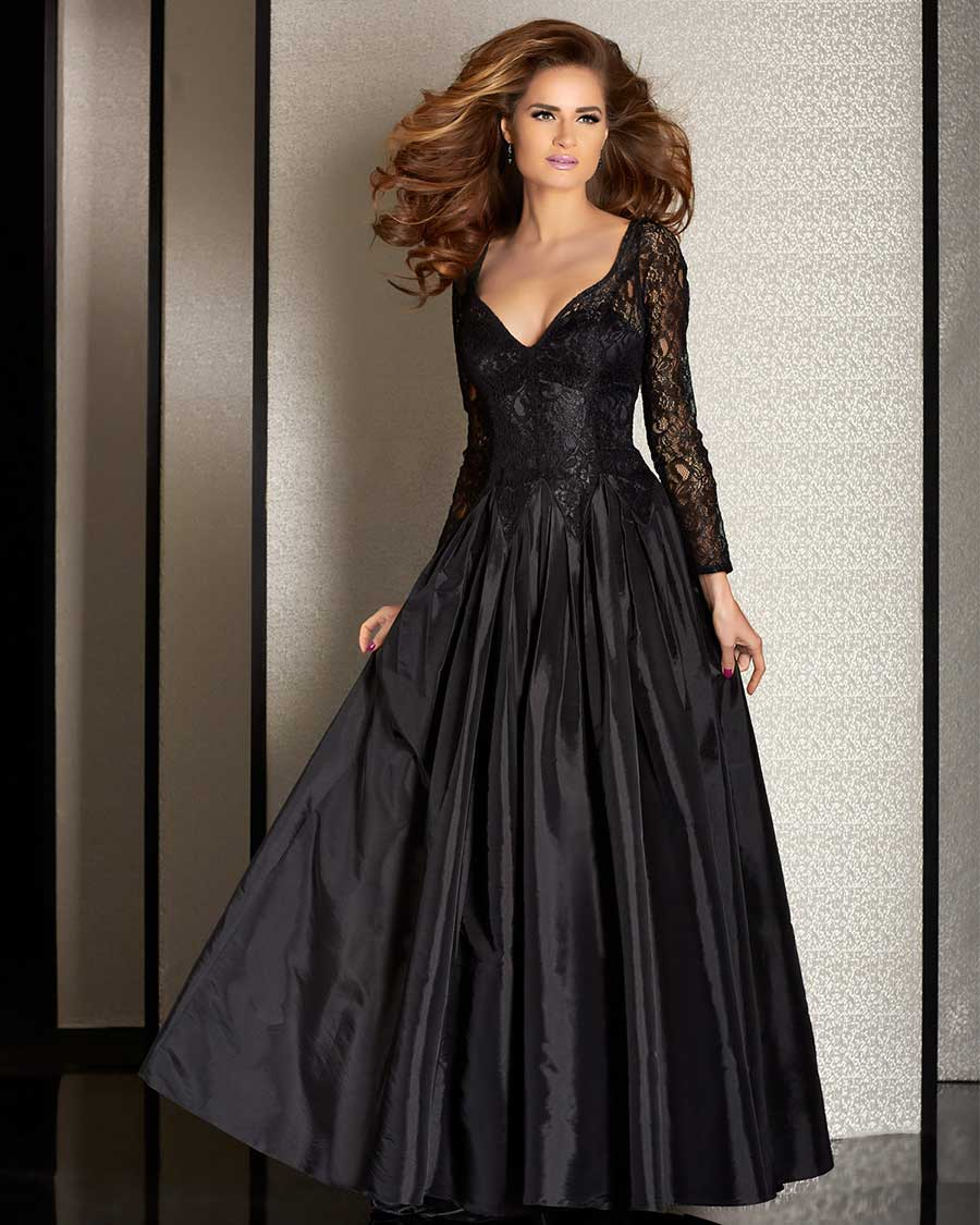 Women's Cocktail Dresses - Special Occasion Dresses. Special occasions call for special dresses. At the top of every woman's wish list is a dress that will make her feel as gorgeous on the inside as she looks on the outside.