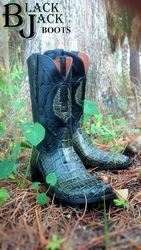 "<b><p align=""left""><a href=""http://www.Blackjackcowboyboots.com"" target=""_blank"">Men's, Women's and A Huge Variety Of Custom Options !</a></center></p></b>"