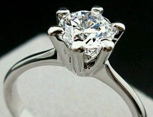 CZ Diamond Solitaire Ring (equivalent 1 Carat)