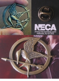 Hunger Games Mockingjay Pin (official NECA licensed movie replica)