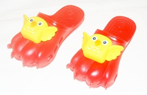 Kids 'Cute Bird' Sandals (Color Red)
