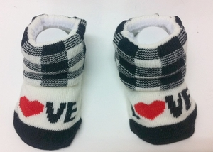 'Love Heart' Cute Baby Socks (Black/White, suitable for 6-24 months)
