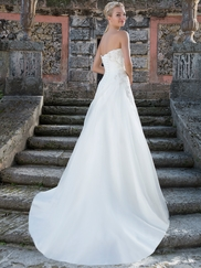 Sincerity 3902 Sweetheart Ruched Wedding Dress