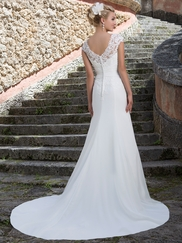 Sincerity 3903 Queen Anne Wedding Dress