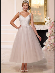 Stella York 6226 V-neck Wedding Dress