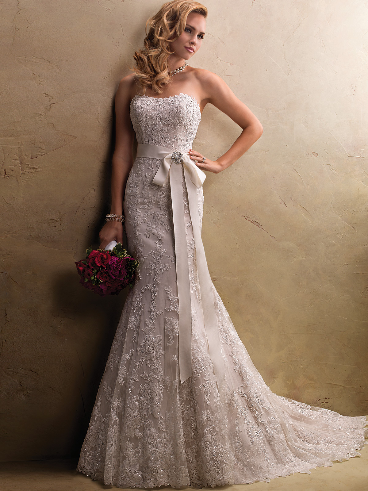 Maggie Sottero Lace Wedding Dress 43