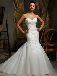 Sweetheart Embroidered Lace On Net Bridal Gown Mori Lee Blu 5106