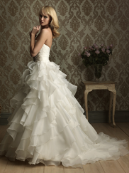 Sweetheart Wedding Gown Allure Bridal 8862