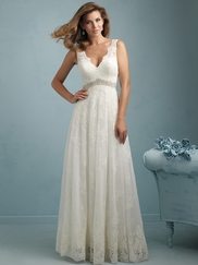 V-neck Lace Flowing A-line Allure Wedding Dress 9218