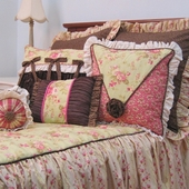 Vintage Court Bedding