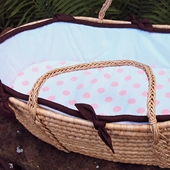 White Collection Moses Basket in Chocolate