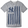 New York Yankees Big Logo Flag Tee by Forever Collectibles