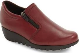 Napoli by Munro (red Leather)