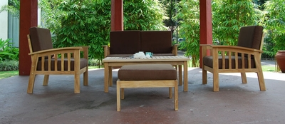 The Vesla Collection Commercial Teak Deep Seating Set
