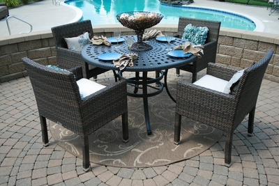 The Via Collection 4-Person All Weather Wicker/Cast Aluminum Patio Furniture Dining Set