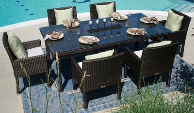 The Via Collection 6-Person All Weather Wicker Patio Furniture Dining Set