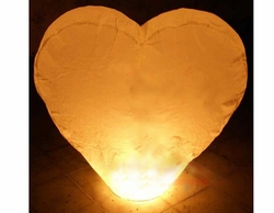 White Heart Lanterns (3 Count)