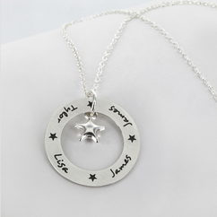Personalized Circle Necklace with Names and Star Pendant