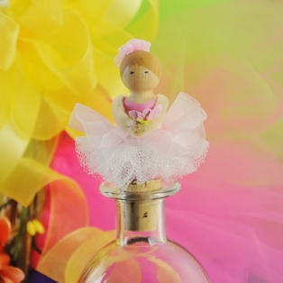 Ballerina Bottle Topper