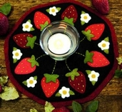 Bareroots Strawberries Candle Mat