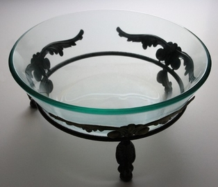 http://ep.yimg.com/ay/yhst-132146841436290/bowl-with-metal-stand-15in-clear-glass-3.jpg