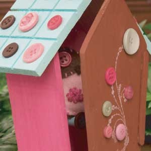 Button Birdhouse