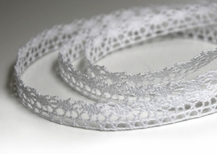 http://ep.yimg.com/ay/yhst-132146841436290/cotton-lace-white-5-yards-8.jpg