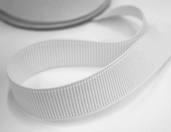 Dritz 1 inch Ribbed Non-Roll Elastic Bundle - White