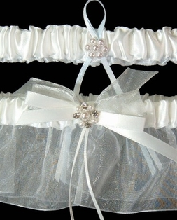http://ep.yimg.com/ay/yhst-132146841436290/garter-set-beverly-clark-couture-radiance-wedding-white-2-garters-clearance-2.jpg