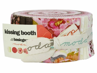 http://ep.yimg.com/ay/yhst-132146841436290/kissing-booth-jelly-roll-fabric-5.jpg