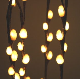 http://ep.yimg.com/ay/yhst-132146841436290/lighted-pussy-willow-branches-39-inch-brown-7.jpg