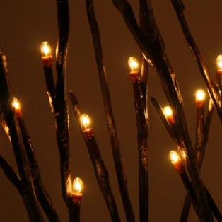 http://ep.yimg.com/ay/yhst-132146841436290/lighted-willow-branches-39-inch-brown-5.jpg