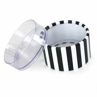 http://ep.yimg.com/ay/yhst-132146841436290/mini-striped-favor-boxes-black-white-20.jpg