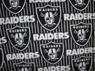 http://ep.yimg.com/ay/yhst-132146841436290/nfl-fleece-fabric-oakland-raiders-black-2.jpg