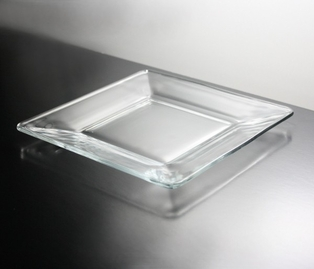 http://ep.yimg.com/ay/yhst-132146841436290/plate-8in-square-clear-glass-2.jpg