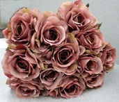 Queen Rose Spray - 28in - Pkg of 12 - Dull Rose