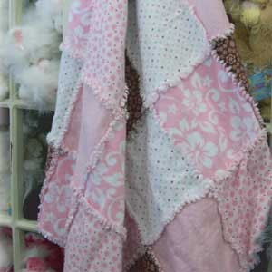Rag Quilt! How-to make a rag quilt - Video