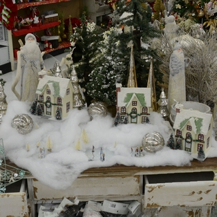Snowy Village Tablescape