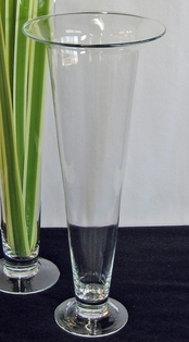 http://ep.yimg.com/ay/yhst-132146841436290/trumpet-vases-with-foot-24-inch-clear-glass-tall-2.jpg