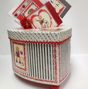 Valentine Keeper Box