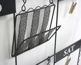 http://ep.yimg.com/ay/yhst-132146841436290/weekly-reminder-wall-hanging-with-clips-and-trays-black-5.jpg