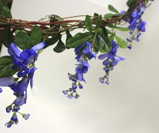 http://ep.yimg.com/ay/yhst-132146841436290/wisteria-garland-with-grape-vine-6-blue-2.jpg