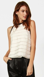 Classic Lines Top *
